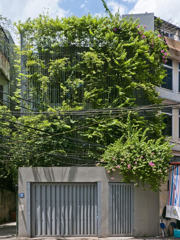 20 ngôi nhà Việt tràn ngập sắc xanh nổi tiếng trên báo ngoại